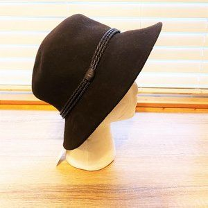 NWT Sz OS Nine West Brown Corded Band Cloche